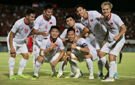 """[Trực tiếp vòng loại World Cup 2022] Indonesia 0-1 Việt Nam: Mạnh """"gắt"""" lập công"""