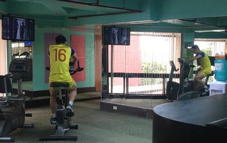 [Chung kết SEA Games 30] Việt Nam vs Indonesia: Hùng Dũng một mình miệt mài tập luyện