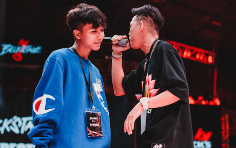 """Beck'Stage Unexpected Rap Fest: Night T và Sóc Nâu hoàn thành trận battle Freestyle với những câu rap cực """"gắt""""!"""
