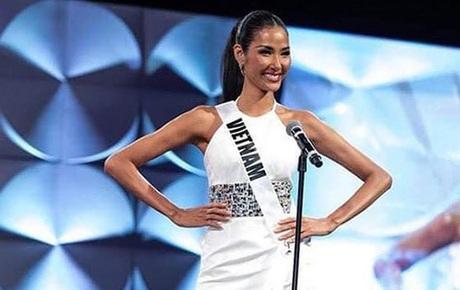 Trực tiếp chung kết Miss Universe 2019: Hoàng Thùy bước tiếp vào Top 20, sẵn sàng chạm tay vào vương miện!