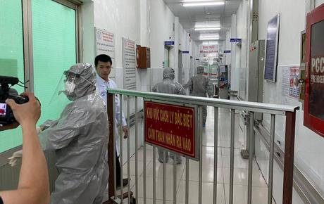 TP.HCM: 7 người tiếp xúc với 2 cha con người Trung Quốc nhiễm virus Corona đang được theo dõi sức khỏe