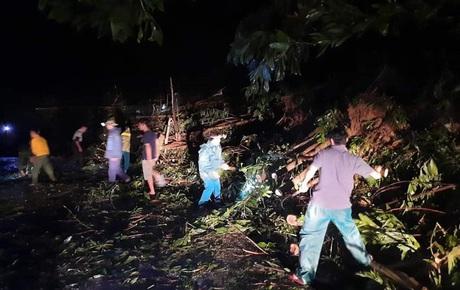 Sạt lở kinh hoàng ở Quảng Nam: Đã tìm thấy 11 thi thể, còn khoảng 40 người mất tích