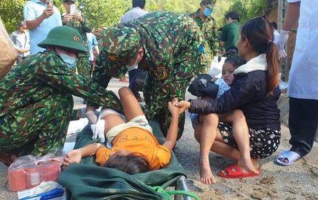 Phép màu trong vụ sạt lở đất ở Trà Leng: Đã cứu sống được 33 người, tiếp tục tìm kiếm 13 nạn nhân mất tích