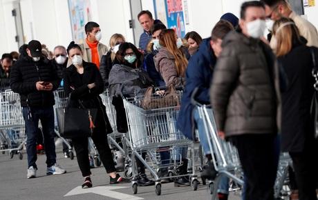 Italy có 888 người nhiễm virus corona, 21 người tử vong, trở thành ổ dịch lớn nhất châu Âu