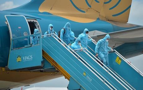 Ảnh, clip: Chuyến bay đầu tiên đưa hành khách từ Đà Nẵng về Hà Nội