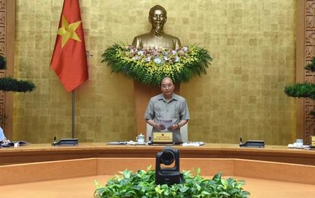 Thủ tướng: Tính toán chặt chẽ trước khi quyết định giãn cách xã hội