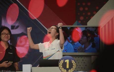 Sau 9 năm, Olympia đã có nữ thí sinh lên ngôi quán quân chung kết năm, nhận giải thưởng 40.000 USD