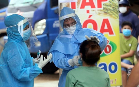 """Diễn biến dịch Covid-19: TP.HCM thêm 2 ca lây nhiễm cộng đồng, BN 1342 """"vi phạm rất nghiêm trọng"""""""