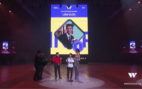 Gala WeChoice Awards 2020: Lâm Vlog chiến thắng ngoạn mục tại hạng mục Hot YouTuber của năm