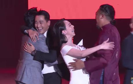 Gala WeChoice Awards 2020: Tiệc Trăng Máu trở thành Phim điện ảnh của năm