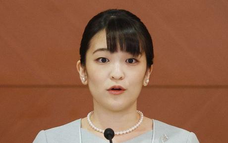 Họp báo xúc động chưa từng có của Công chúa Nhật: Kêu oan trước loạt tin vu khống, một mực khẳng định tình yêu sâu đậm với chồng