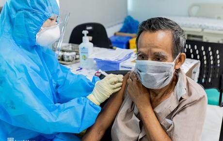 Ngày 1/8, Việt Nam ghi nhận 8.597 ca mắc COVID-19, 4.423 ca khỏi bệnh
