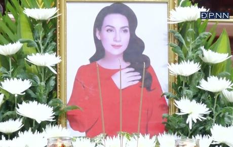 Cập nhật Lễ cầu siêu nữ ca sĩ Phi Nhung: Xót xa di ảnh người quá cố, hàng nghìn khán giả tưởng niệm từ xa