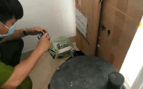 TP.HCM: Sau khi lên tầng 19 chung cư uống bia, nam thanh niên được phát hiện tử vong tại giếng trời