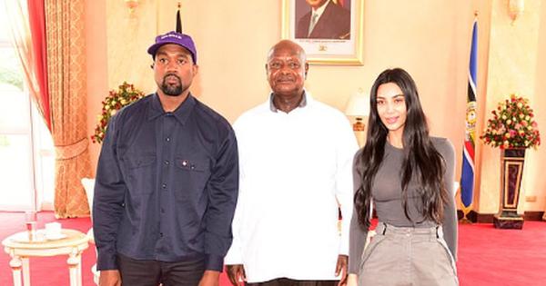 Tổng thống Uganda hỏi cô Kim làm nghề gì, cô Kim bối rối không biết trả lời sao