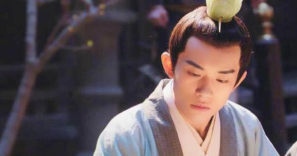 Dịch Dương Thiên Tỉ gây ấn tượng mạnh với vai Thái tử trong Trường An 12 Canh Giờ