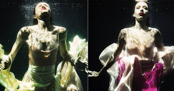 """Chụp hình dưới nước, thí sinh """"Next Top Hi Lạp"""" bị… """"lộ hàng"""" đồng loạt kèm theo biểu cảm """"khó đỡ"""""""