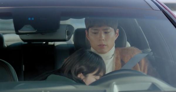 Khoảnh khắc ''gây lú'' nhất Encounter tập 2: Song Hye Kyo quá nhiệt tình khiến cả Park Bo Gum lẫn fan giật mình!