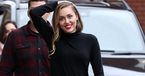 Miley Cyrus xuất hiện vui vẻ, xinh đẹp ngời ngời dù vừa bị trộm mất số tài sản 230 triệu đồng