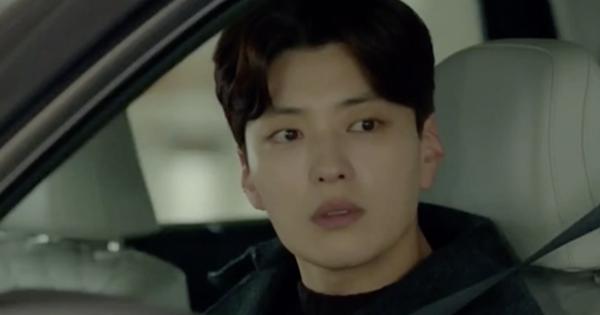 ''Encounter'' tập 4: Chồng cũ Song Hye Kyo chua chát nhìn vợ hẹn hò với trai trẻ Park Bo Gum trong xe chở hàng