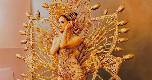 """Ngày vía Thần Tài mà Hương Giang Idol mặc """"vàng cả chục cân"""" như thế này thì hưởng bao nhiêu lộc lá cho vừa đây?"""