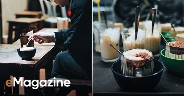Đến Giảng không chỉ để uống một ly cafe trứng, mà còn để hưởng cái nhàn nhã rất Hà Nội của một quán xưa