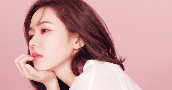 """Son Ye Jin sau gần 20 năm: Khi """"tắc kè hoa"""" trở lại làm ngọc nữ ngọt ngào"""