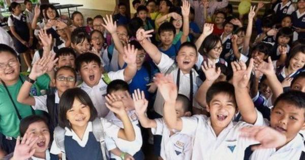Học sinh Trung Quốc giờ không phải làm bài tập sau 10 giờ tối, phụ huynh ký xác nhận là được