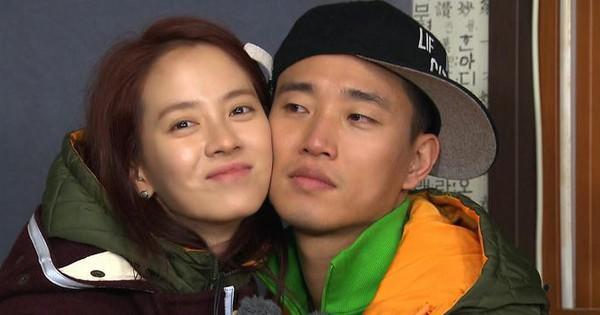 """Những khoảnh khắc ngọt ngào của Song Ji Hyo và các thành viên """"Running Man"""""""