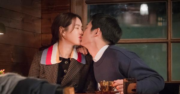 """""""Chị Đẹp"""" ngọt ngào quá mức cho phép, fan phim Hàn tỉnh táo nên lo… một kết thúc buồn đi là vừa!"""