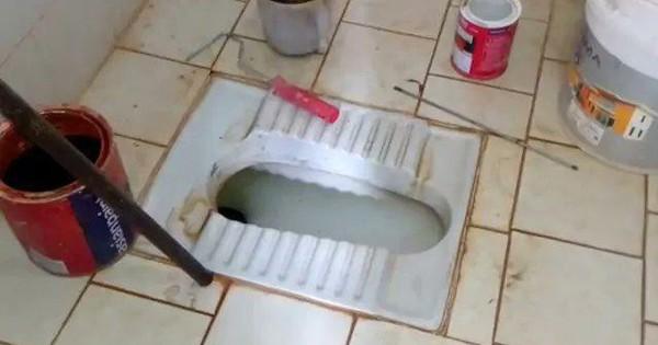 Thợ sửa ống nước bị sốc khi phát hiện thi thể bé sơ sinh 2 ngày tuổi trong bồn cầu
