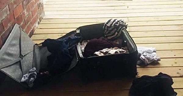 Nhận lại hành lý thất lạc sau 5 ngày, gia đình tá hỏa khi phát hiện thứ kinh khủng này bên trong