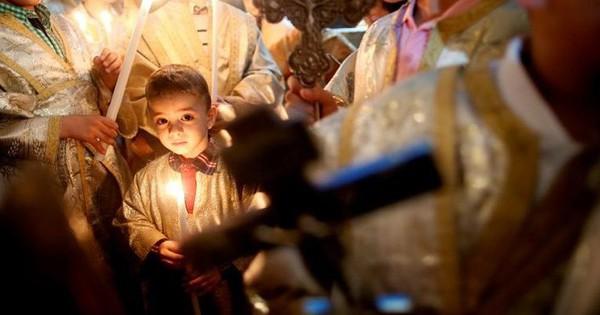 Cận cảnh người dân đón lễ Phục sinh trên khắp thế giới