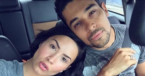 Tình cảm quá sâu đậm, bạn trai cũ đã chia tay 2 năm vẫn lo sốt vó túc trực bên Demi Lovato khi cô nhập viện