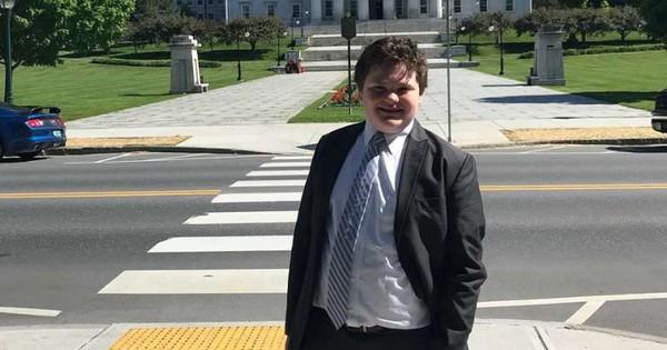 Học sinh 14 tuổi tuyên bố tranh cử thống đốc bang Vermont, Mỹ
