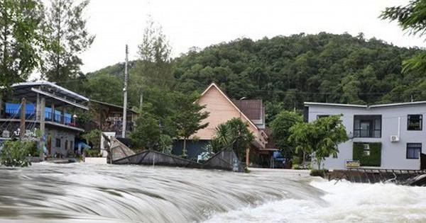 Thái Lan đóng cửa các khu du lịch ở miền Tây do mưa lớn
