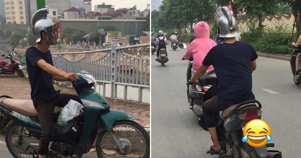 Bắt gặp ''Spartacus phiên bản Việt'' đi dép tông cưỡi Wave xanh dạo phố Hà Nội