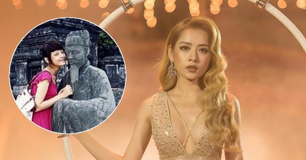 Loạt ảnh được cho là Chi Pu hôn và ngồi lên tượng Phật cách đây nhiều năm gây xôn xao mạng xã hội