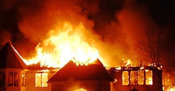 Bé 9 tuổi nghịch máy sấy làm cháy nhà