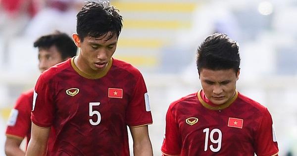 Những lần bóng đá Việt Nam thấy ''nhột'': Bị người quen cà khịa, HLV nổi tiếng thế giới lấy làm dẫn chứng mỉa mai