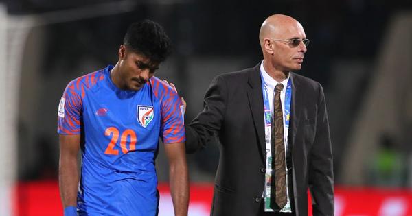 Áp lực quá lớn, thêm một HLV mất ghế tại Asian Cup 2019