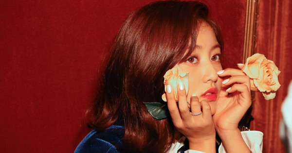 Thủ lĩnh TWICE được khen ''nhân cách vàng'' vì chấn chỉnh đồng đội kịp thời khi BTS nhận Daesang tại SMA