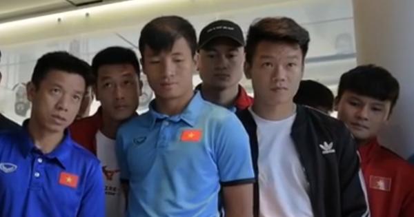Tuyển Việt Nam vào vòng 1/8 Asian Cup 2019 và chuyện đi tìm đèn thần của Aladin