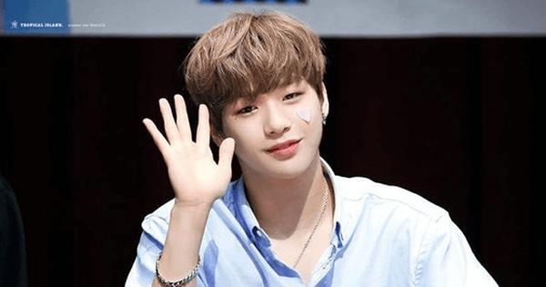 """Hậu """"đại chiến"""" với công ty quản lý, Kang Daniel quyết trở thành ''tổng tài'' và sắp ra mắt solo?"""