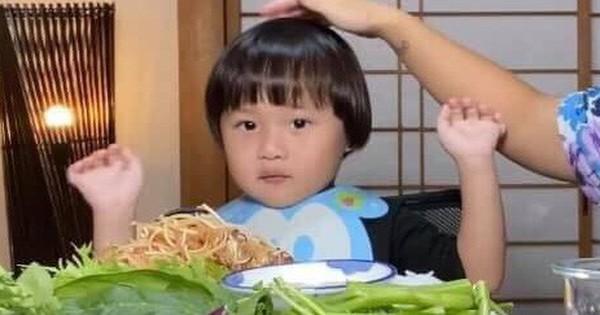 YouTuber đình đám Quỳnh Trần JR đã có những chia sẻ về sự nổi...