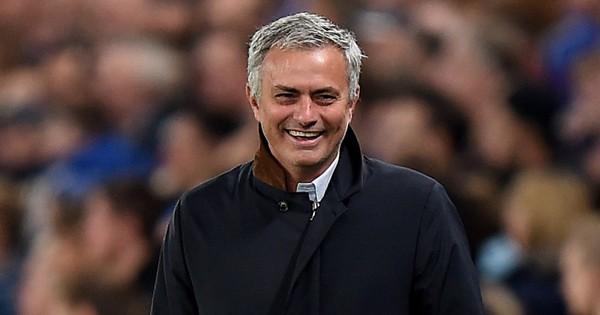 Thầy cũ MU buông lời ''cà khịa'' sau khi mạch 17 trận thắng của Liverpool bị chấm dứt