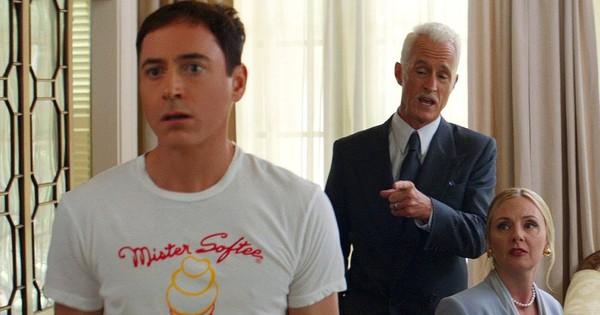 10 màn ''cải lão hoàn đồng'' đáng chú ý Hollywood: Iron Man bị chê ''ảo lòi'', Paul Walker hồi sinh ai cũng nổi da gà xúc động
