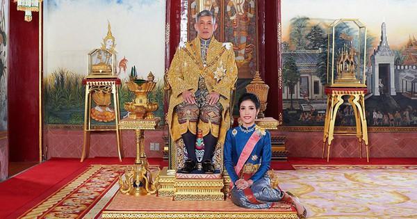 Hoàng quý phi Thái Lan bị phế truất vì mắc bẫy ''chết người'' được giăng sẵn khi tranh chỗ ngồi cạnh nhà vua?