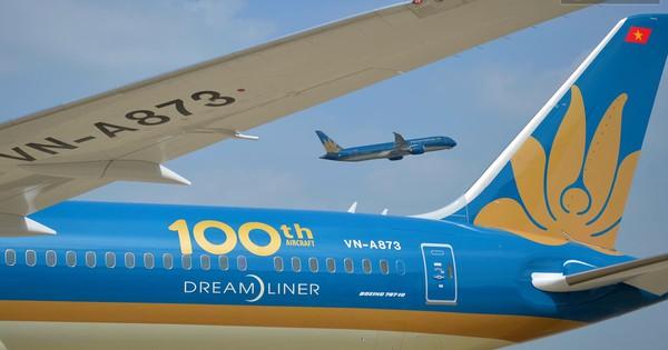 Vietnam Airlines đón chiếc máy bay thứ 100, bổ sung máy bay thân rộng vào đoàn bay hiện đại