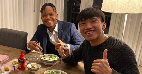Đồng đội tại Heerenveen tạm biệt Văn Hậu, khen hậu vệ Việt Nam là ''cầu thủ hay nhất''